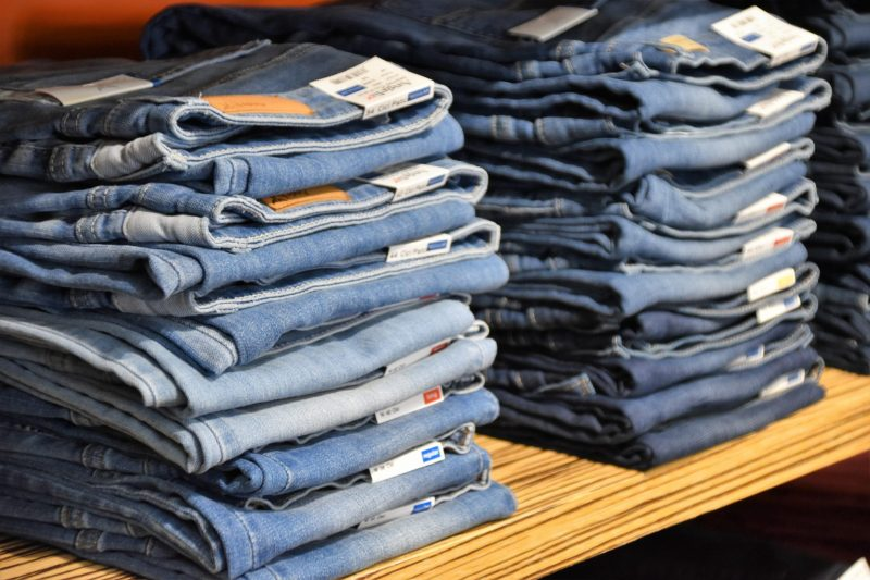 Jeans Centre helpt Blue monday te verslaan